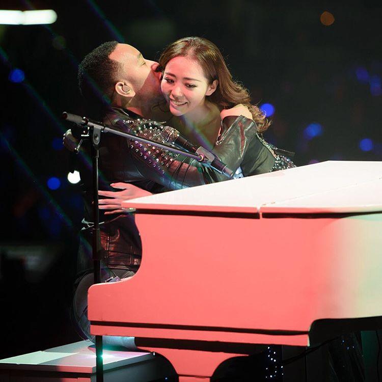 Jane Zhang e John Legend